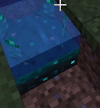 Upper part of water is glowing. Sides of water do not.png